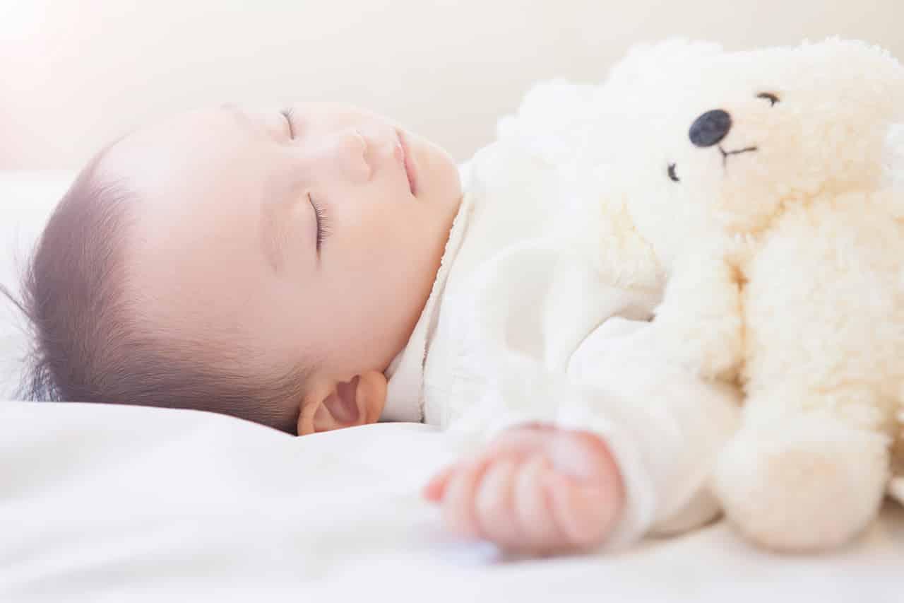 時間 新生児 寝る 5