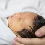 赤ちゃんの髪の毛が多すぎ・少なすぎでも大丈夫?