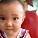 赤ちゃんはなぜ大量に汗をかくの?汗っかきな赤ちゃんのあせも対策はとは