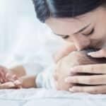 赤ちゃんの頭蓋骨にある大泉門!役割や閉じる時期について解説