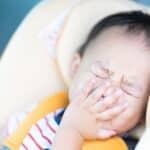 赤ちゃんはくしゃみが多い?くしゃみの原因や対処法について解説