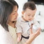 赤ちゃんに白湯(さゆ)は必要?飲ませる時期や量について詳しく解説