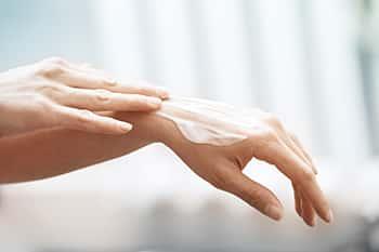 洗濯洗剤と柔軟剤から肌を守る方法